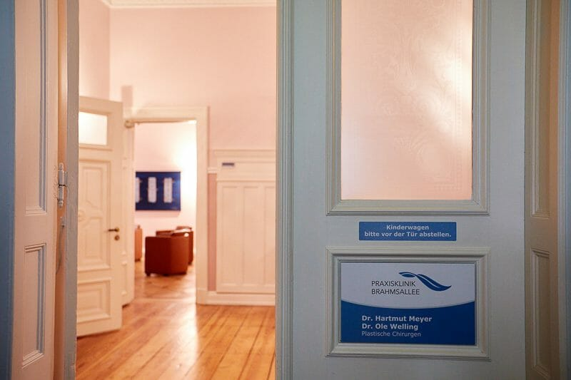 Eingang - Praxisklinik Brahmsallee